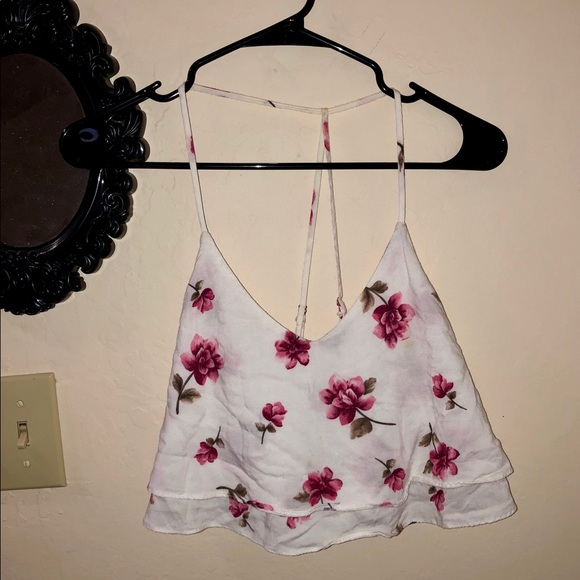 Forever 21 Tops - Cute floral summer top 🌸